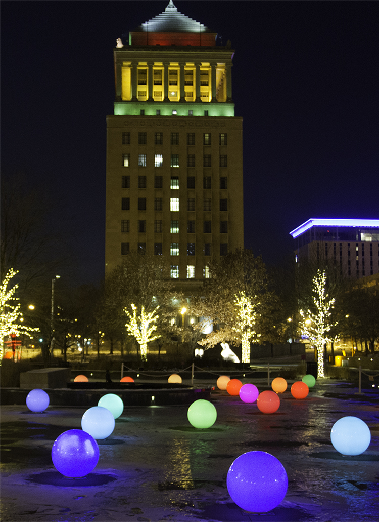 Museo-Large-Christmas-In-St-Louis-1