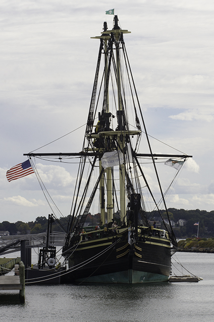 Salem-Gloucester-Massachusetts-20151014-0017